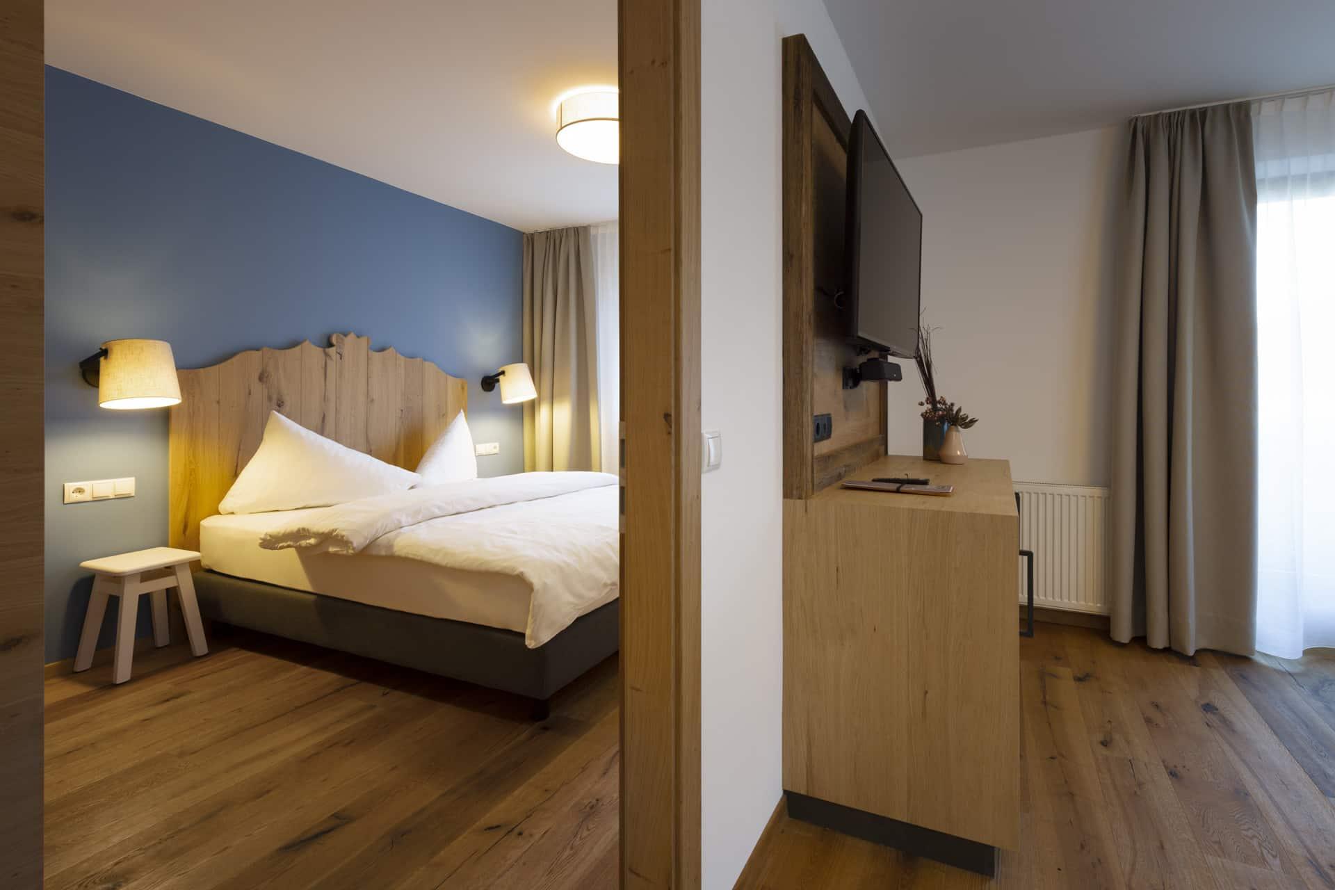 Appartement-fuer-6-Personen-Urlaub-in-Tirol-Sepp-und-Hannis-Selbstversorger-Ferienwohnungen